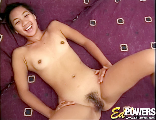Yummy Yumi shows off all of her talents!